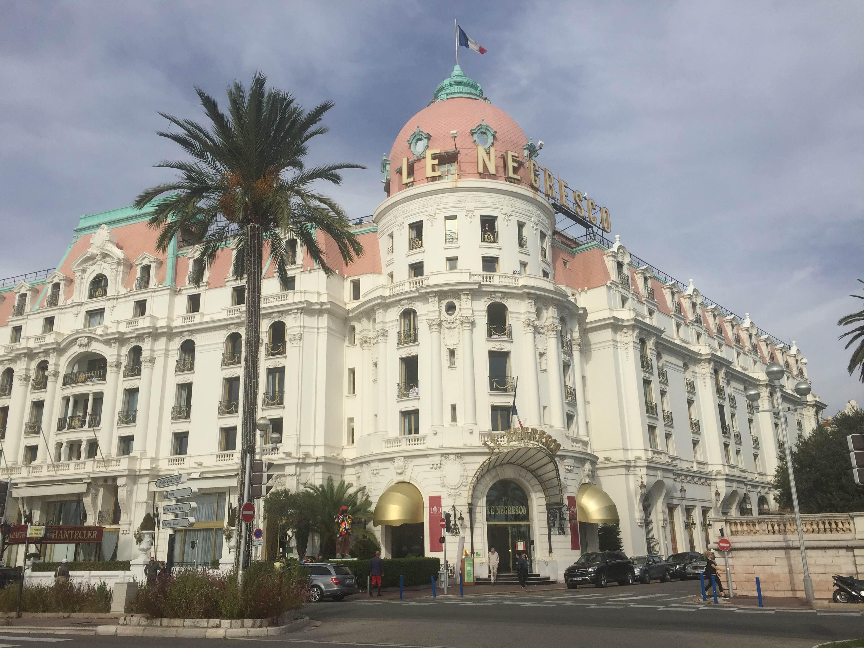 Nice je plné úžasnej architektúry (zdroj: Lucia Pálová).