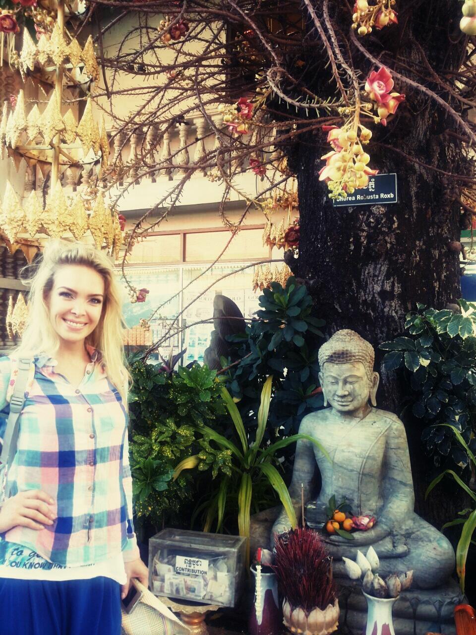 Lucia rada cestuje a spoznáva nové krajiny