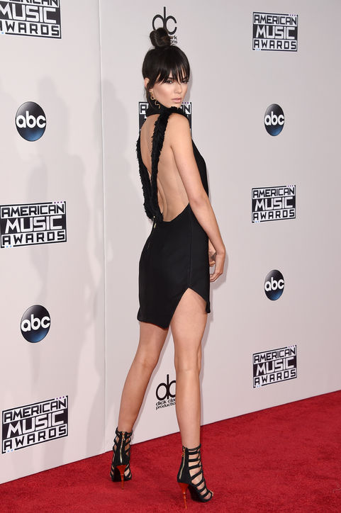 kendall-jenner-ama-2015-h724