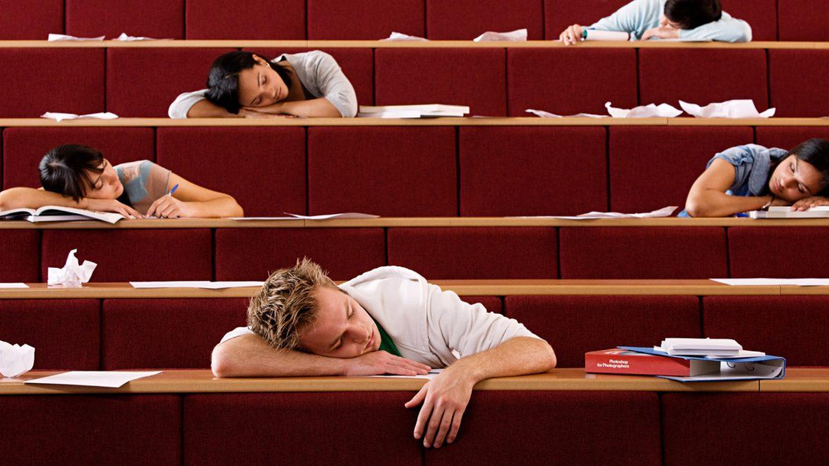 11 dôvodov, prečo študenti blicujú. Písanie testu medzi nimi nie je