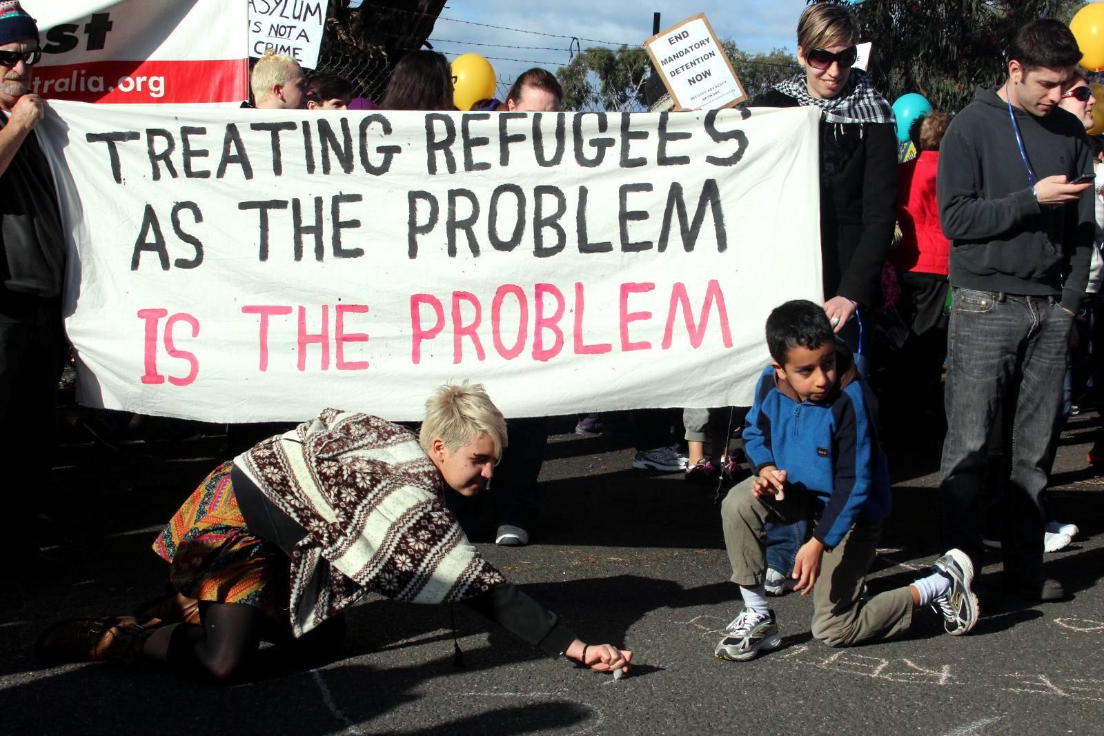 Riešiť utečencov ako problém je problémom.