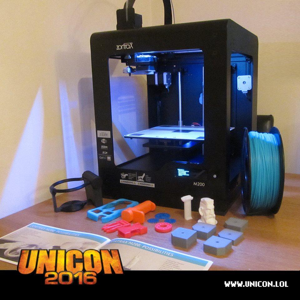 Návštevníci sa môžu naučiť, ako funguje 3D tlačiareň.