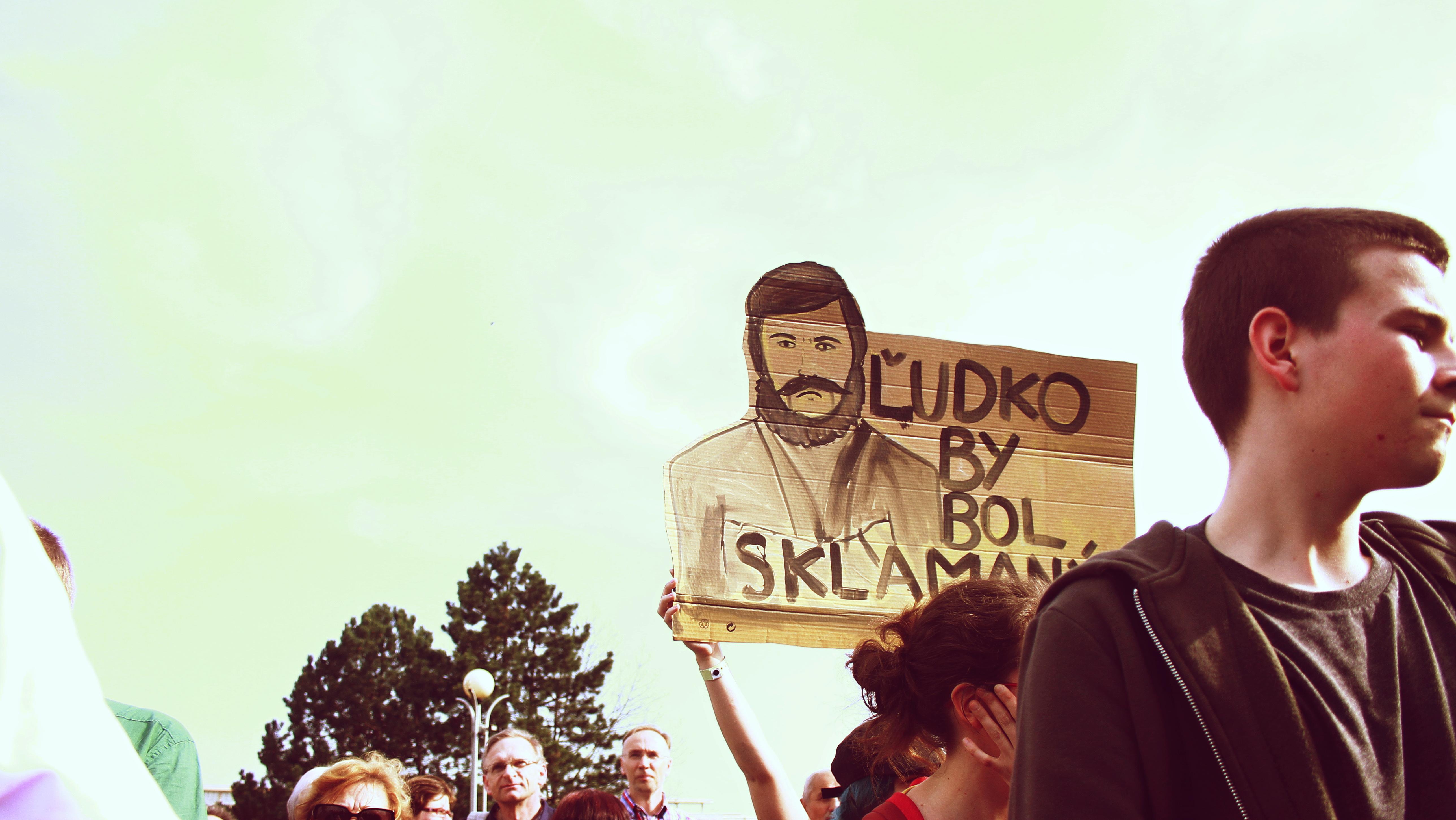 Boli sme na pochode štrajkujúcich učiteľov