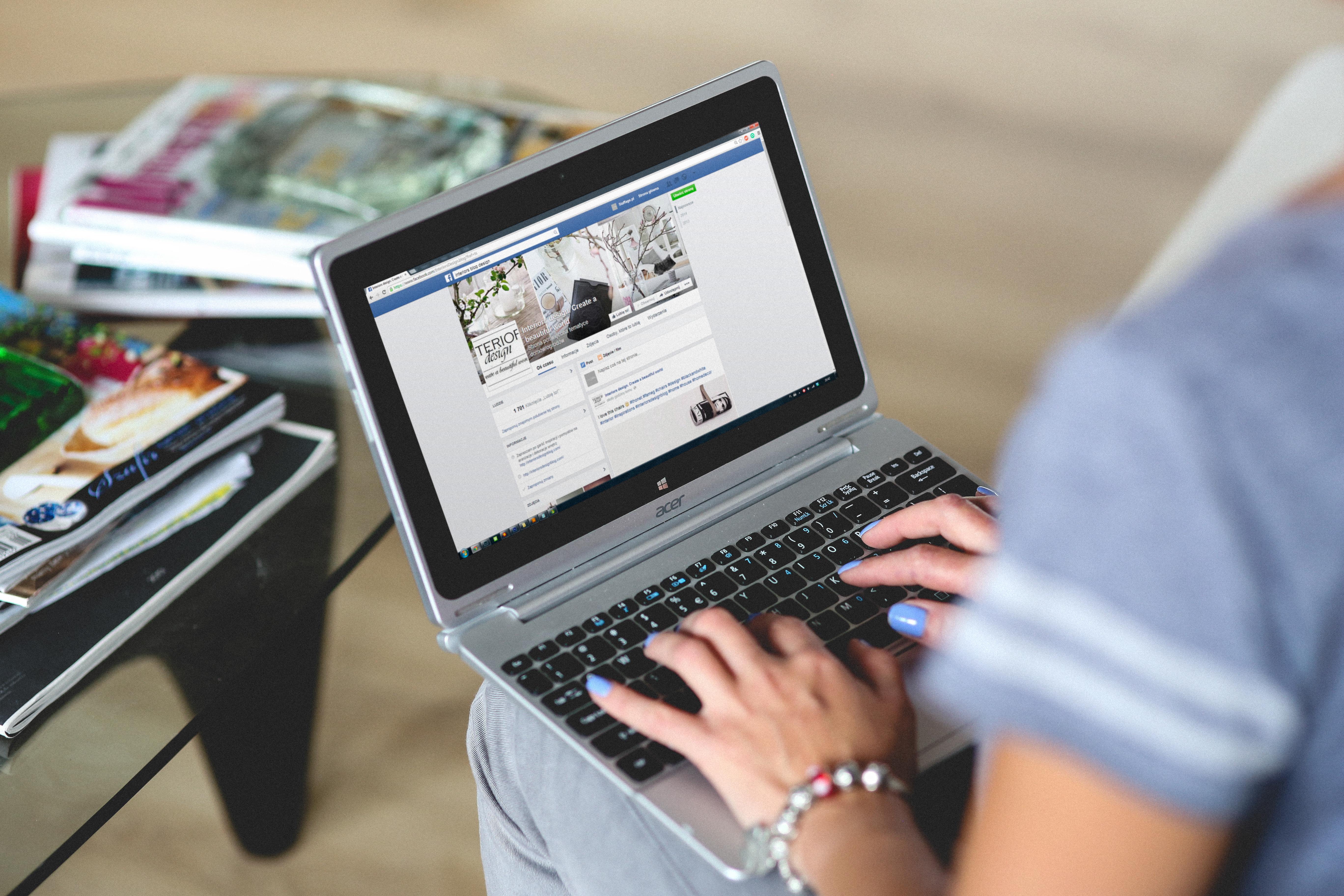Facebook prišiel s novinkou: Redukcia článkov s bombastickými a zavádzajúcimi titulkami!