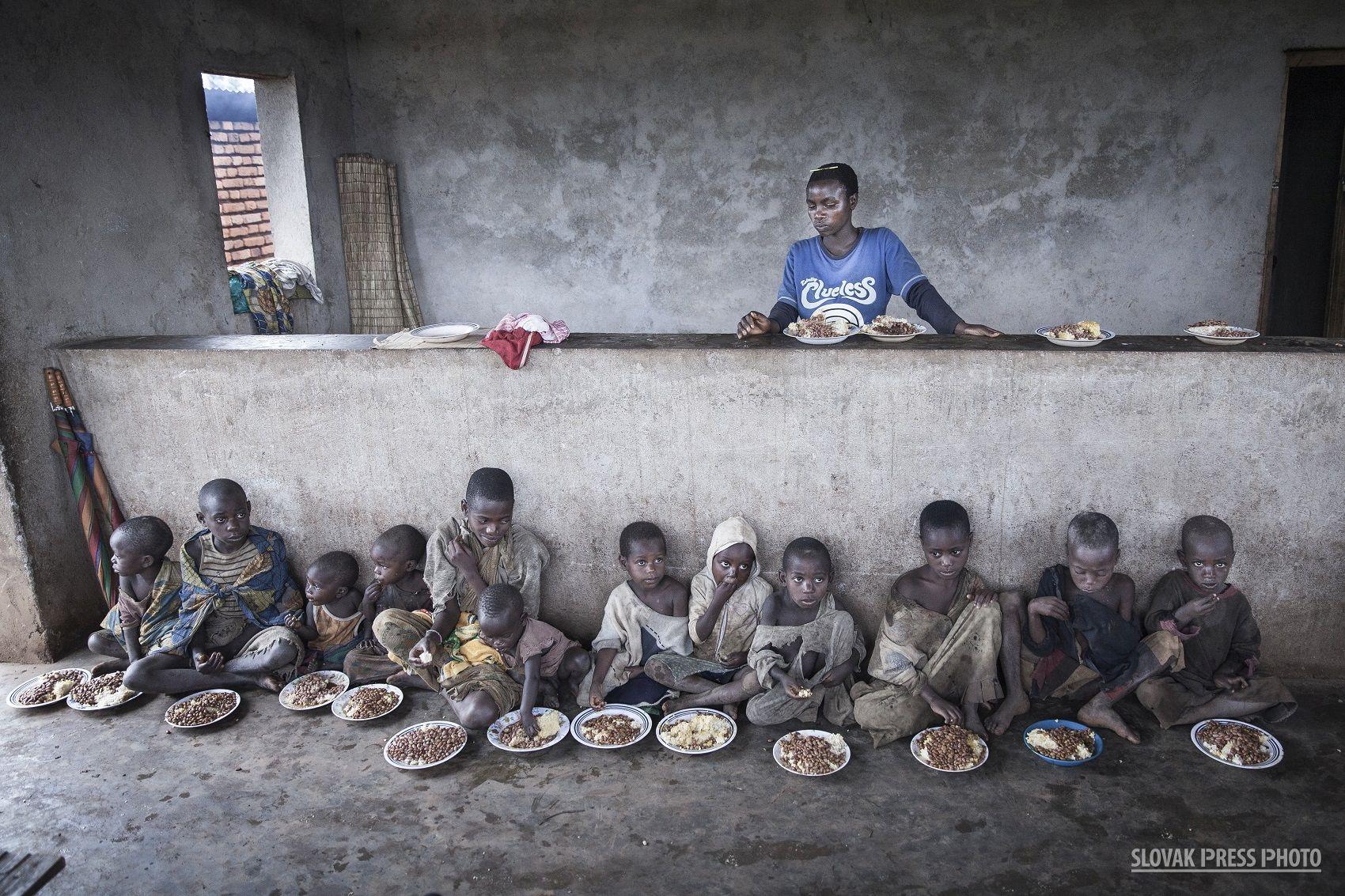Víťazi Slovak Press Photo bodovali tematikou utečencov, parížskych útokov a olympiády