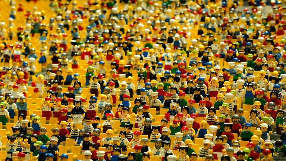 Žlté Lego postavičky. Zdroj: pixabay.com