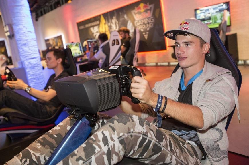 Profesionálny gamer hakkiJunior: Sú turnaje, kedy presedím za počítačom 6 hodín denne