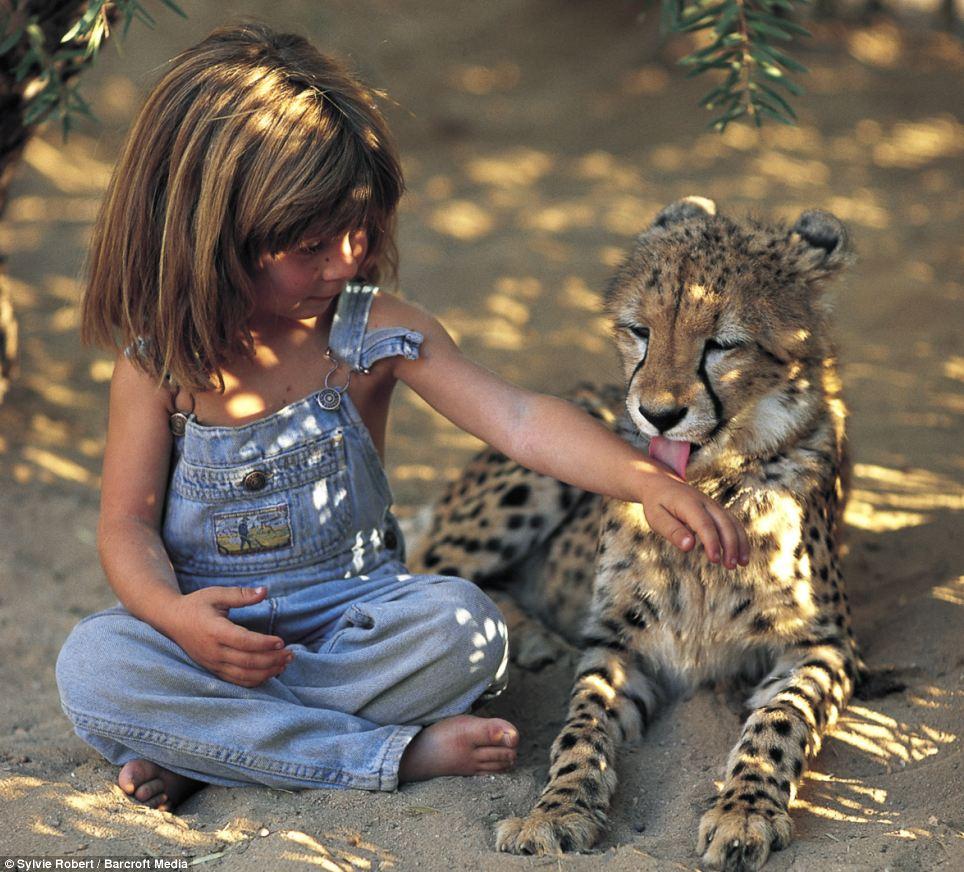 Príbeh ako z Knihy džunglí: Tippi vyrastala v Afrike, dnes študuje herectvo