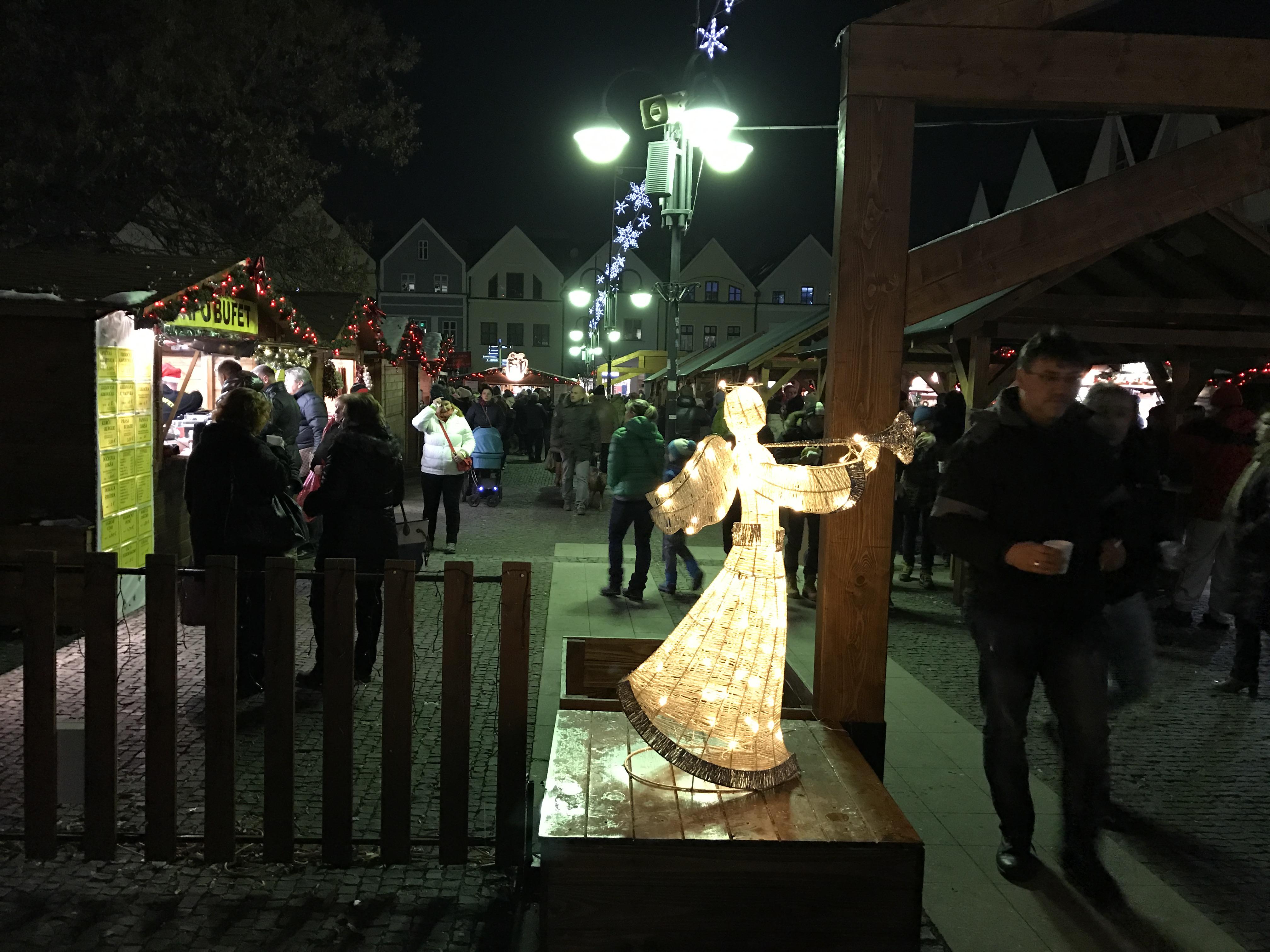 Vianočné trhy v Žiline. Zdroj: Matúš Materna