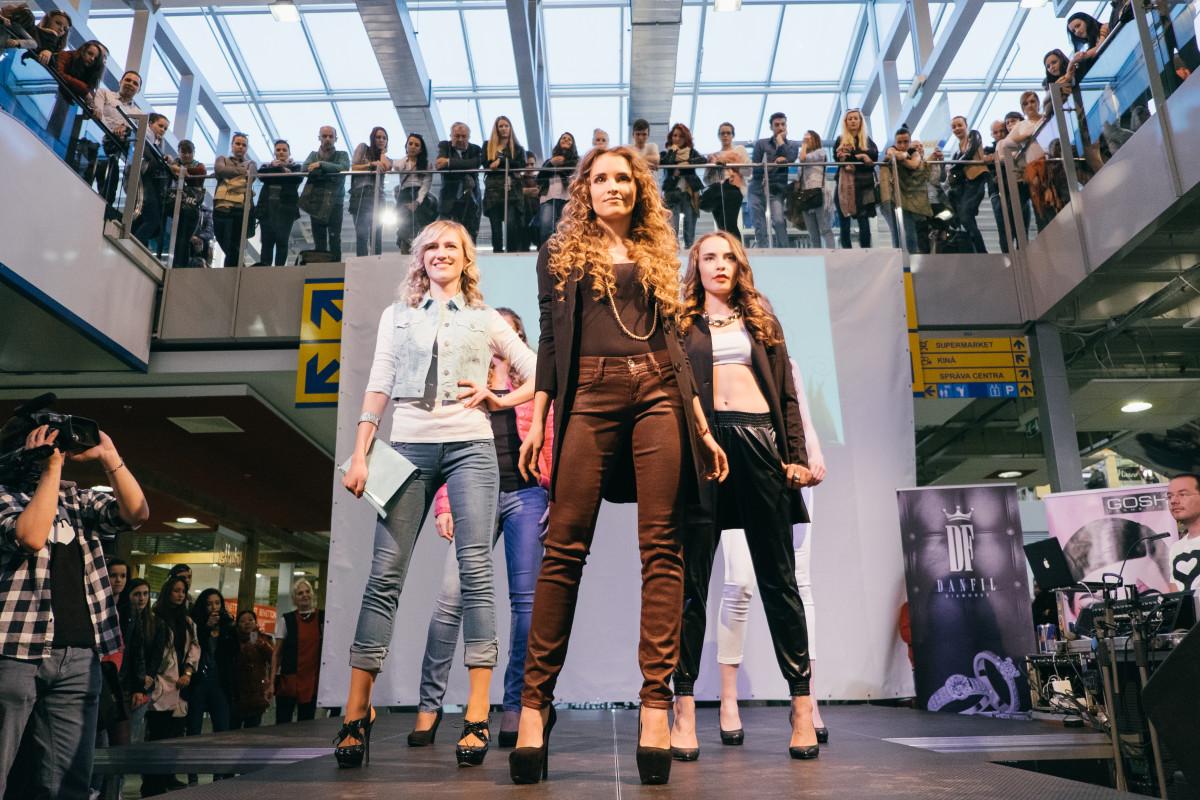 Prehliadka Fashion Delight: Na móle predvedú prerobené modely z druhej ruky