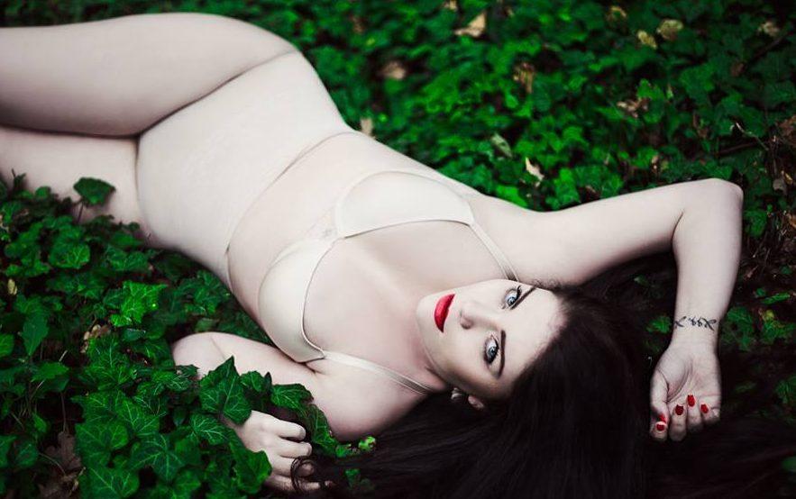 Plus size modelka Charlotte Krajčo: Ideálne miery sú 100-70-105