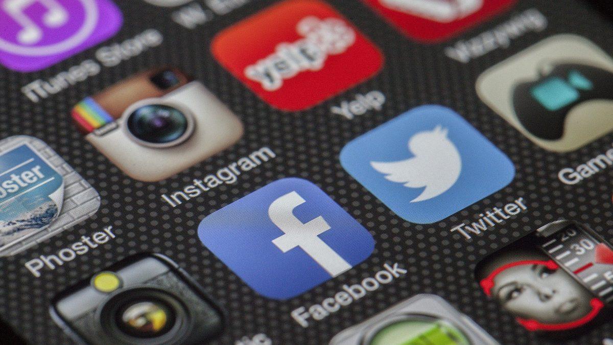 Štúdia odkryla rozsiahly problém sociálnych sietí: Nárast antisemitizmu a popierania holokaustu!