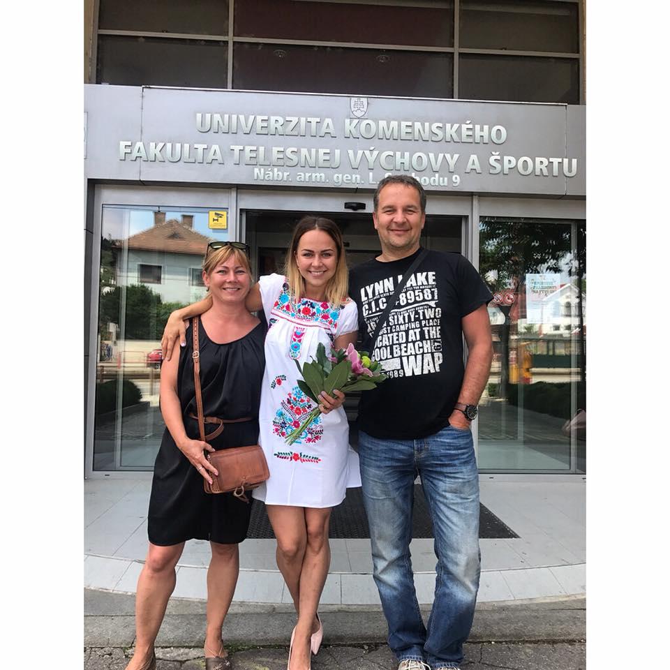 Zuzana Kaduková a jej rodičia