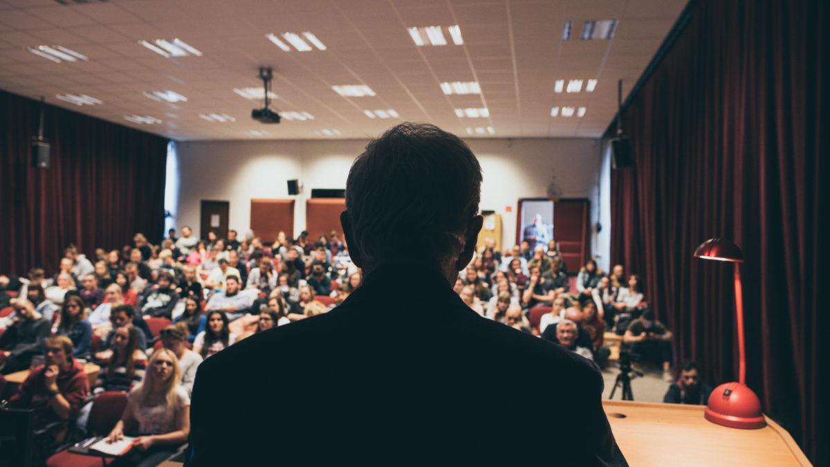 Bývalý riaditeľ SIS Igor Cibula: Predstava ľudí o tajných službách je dnes veľmi skreslená