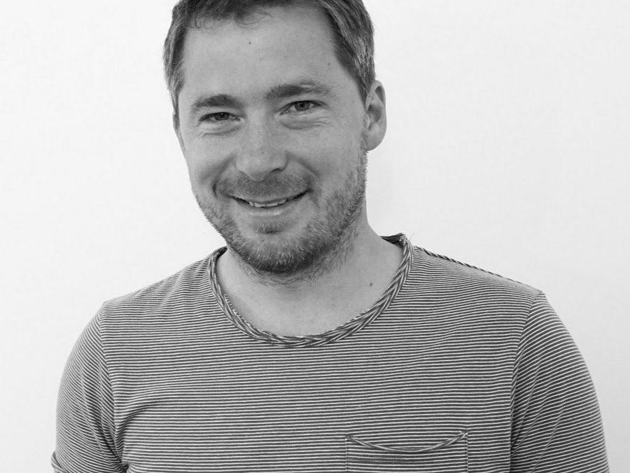 Šéfredaktor webu Fony.sk Richard Hombauer: Ak tu výrobca nemá oficiálnu distribúciu, nemyslí to s naším trhom vážne