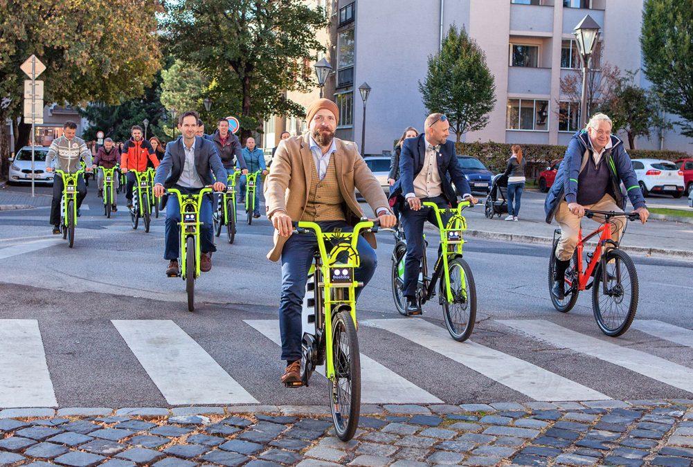 Od nového roka môže trnavský bikesharing používať každý. Pozreli sme sa na to, ako funguje