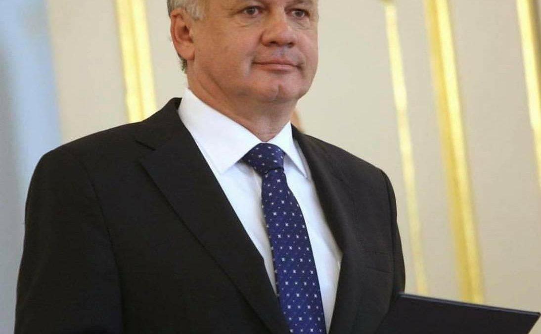 Prezident Andrej Kiska vymenoval nových rektorov univerzít. Pozrite sa, kto svoju funkciu obhájil