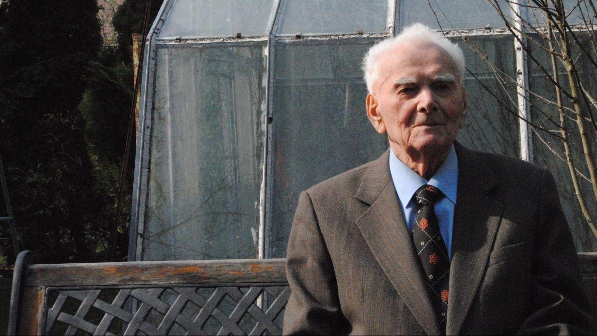 Mládež by si mala vziať ponaučenie z toho, čo bolo a naučiť sa, komu veriť, hovorí 98-ročný účastník SNP