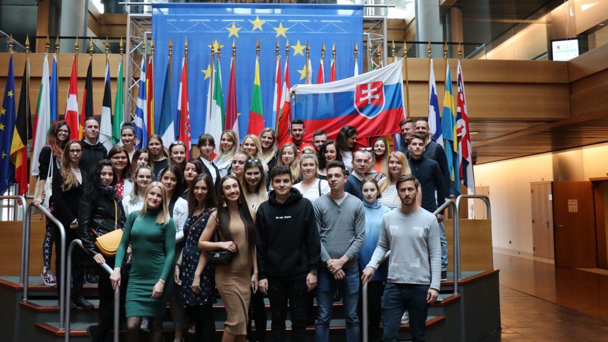 Voľby do Európskeho parlamentu sú už čoskoro. Boli sme sa pozrieť, ako vyzerá parlament v Štrasburgu